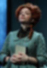 Александра Стрельцина. Фотография спектакля «Новая квартира», 2018 год