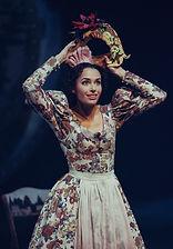 Анастасия Жданова в спектакле «Соломенная шляпка», фото Яны Овчинниковой