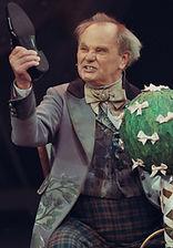 Михаил Васьков в спектакле «Соломенная шляпка», фото Яны Овчинниковой
