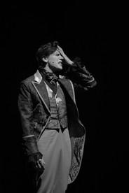 Леонид Бичевин. Фотография спектакля«Соломенная шляпка», 2020 год