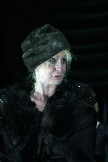 Елена Сотникова. Фотография спектакля «Дядюшкин сон», 2000 год