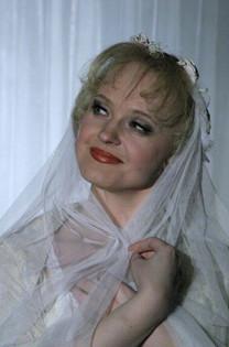 Елена Сотникова. Фотография спектакля «Без вины виноватые», 1993 год