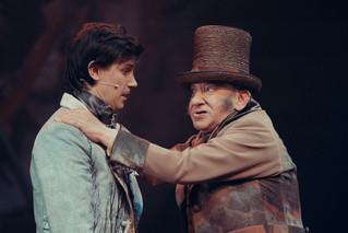 Леонид Бичевин и Анатолий Меньщиков. Фотография спектакля«Соломенная шляпка», 2020 год