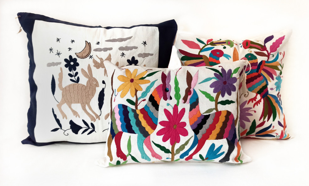 Tenango_cushions_all_sizes_white_backgro