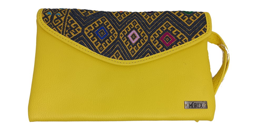 Handmade Embroidered Chiapas Clutch (Short Strap)