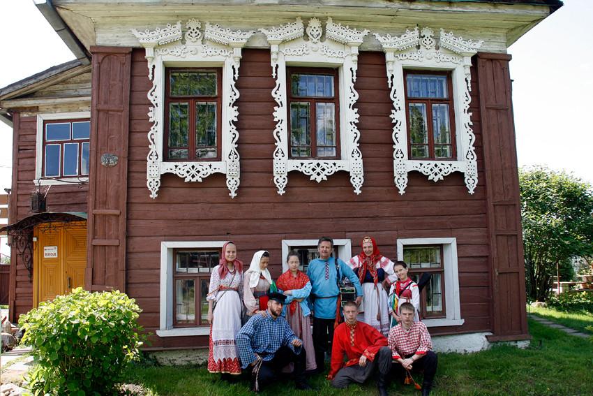 Живая Старина Ростов Великий гостиница Хорс.jpg