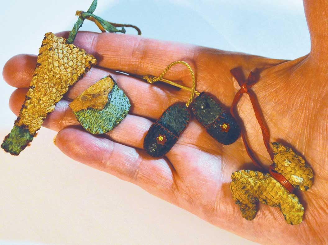 Fischleder-Charms