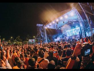 Konsert Rock Search, Spider & Hujan Dibanjiri 10 Ribu Orang Pengunjung
