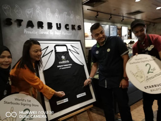 STARBUCKS MALAYSIA CELEBRATES ITS WORLD'S FIRST SIGNING STORE SECOND ANNIVERSARY