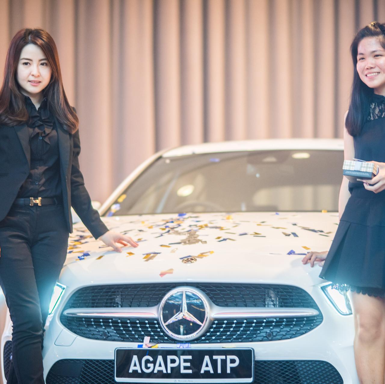 Lucky draw grand prize winner Ngu Chang