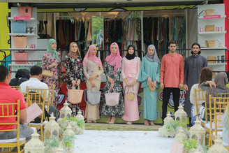 'FASHION ON WHEELS' TRAK FESYEN PERTAMA MALAYSIA