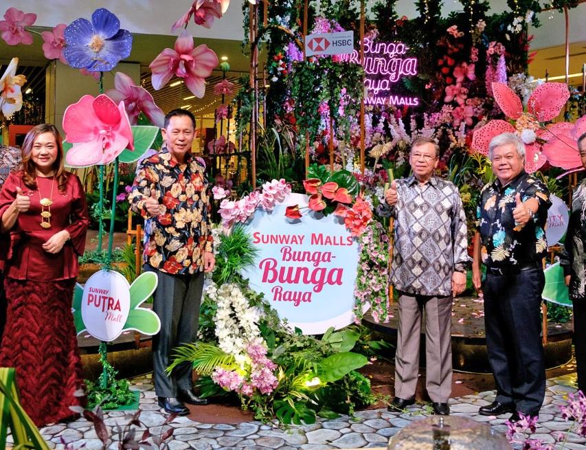 The official launch of Bunga Bunga Raya.