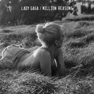 "VM Terbaru Lady Gaga ""Million Reasons"" Tonjol Emosi Persaudaraan ""Sisterhood"""