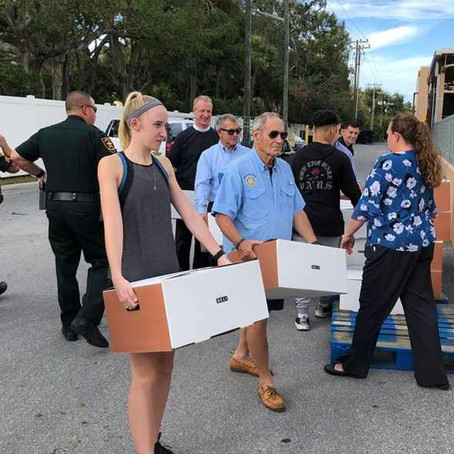 11/25/2018: Rotary Club and BCFP load Thanksgiving meals