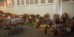 2020Apr25FoodDrive4.jpg