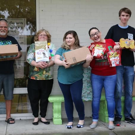 12/19/2018: Students donate pet food
