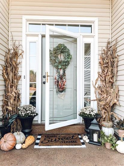 Becca-May-Fall-Decor-Porch