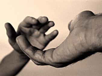 Como tratar os traumas da infância?
