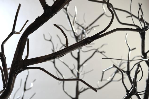 Branche d'arbre en métal