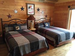 The Peaks Guest Bedroom