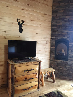 The Peaks Master Bedroom