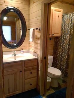 Sundancer Guest Bath 2