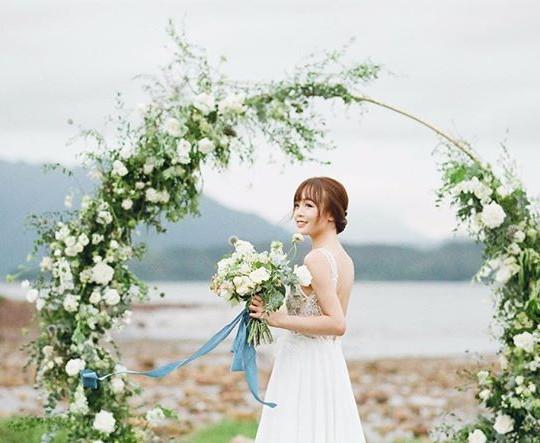這是上週某個暴風雨天的作品,_又一個 Miluna Style 的 floral