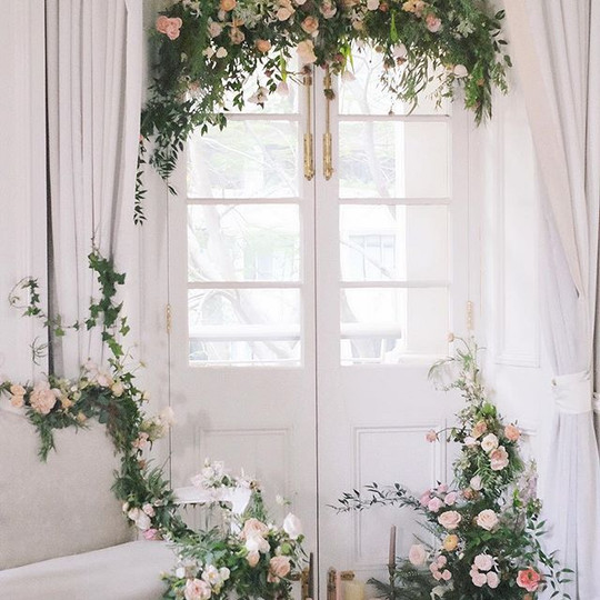 All the right light✨#floraldesign _milun