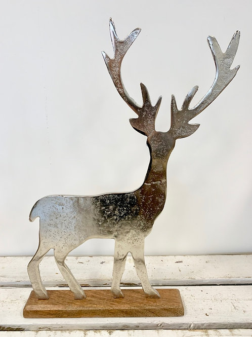ALUMINIUM STAG ON WOODEN BLOCK 40cm