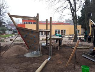 Bau eines Spielplatzes, Kita Nienburg