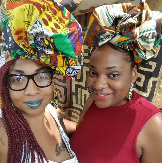 Mommy and me bonding at a headwrap styling class