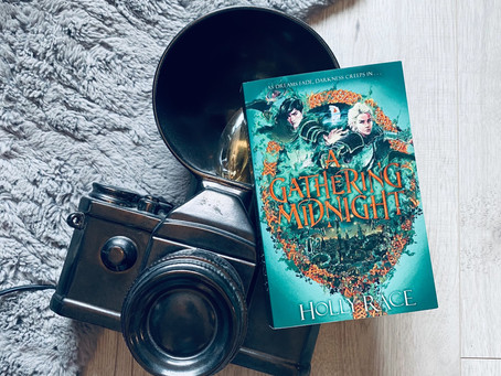 Book Review: A Gathering Midnight by Holly Race