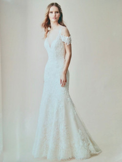 Fit & Flare Lace