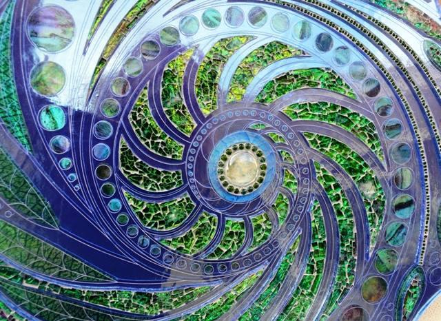 Sea-swirl table