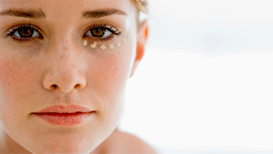How to treat Uneven skin tone like pigmentation, freckles, scar marks, coarse pores?