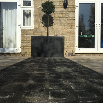 Granite cobble paving