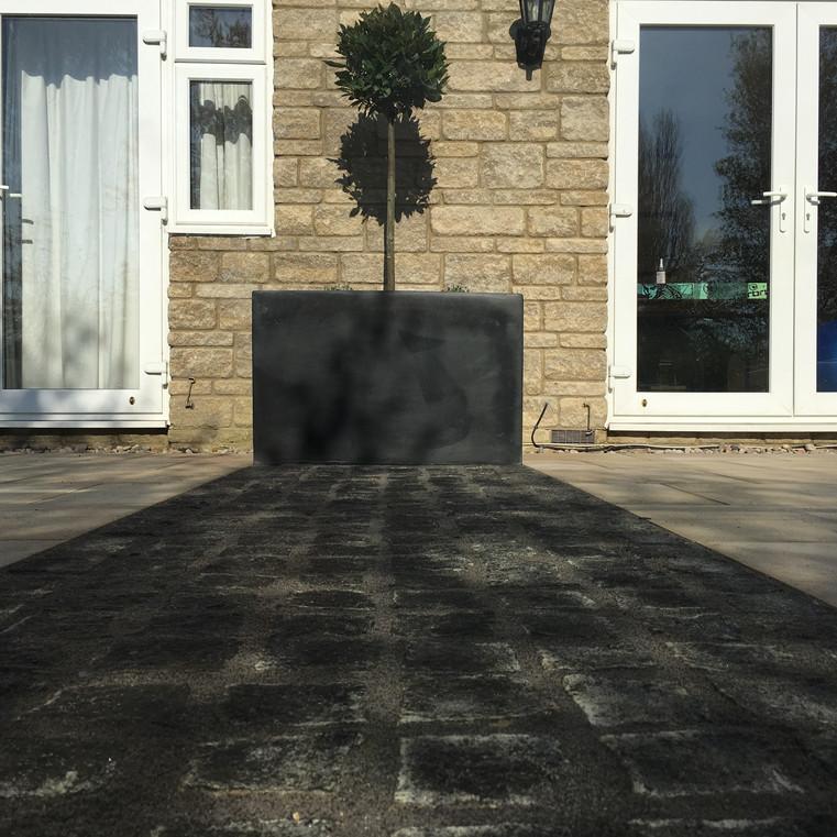 Granite cobble paving