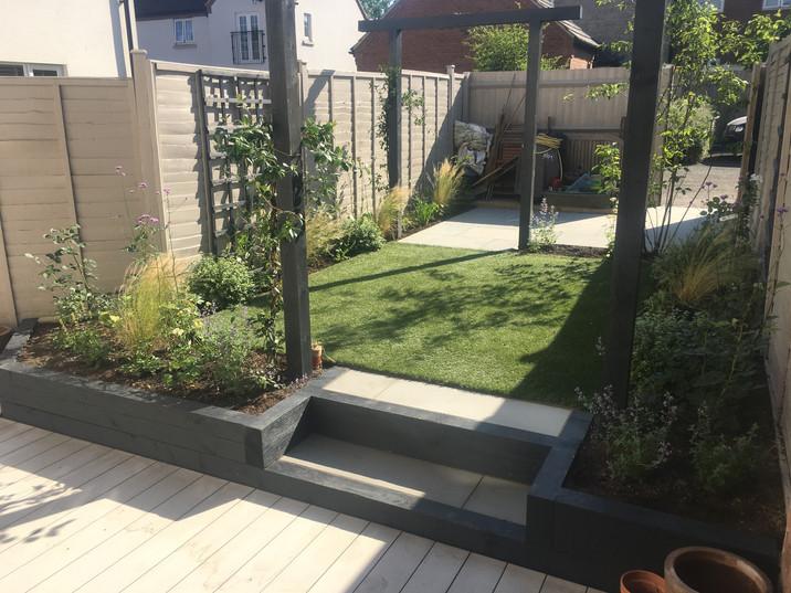 Garden Design (Kate Savill)