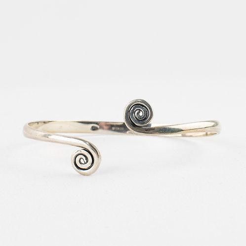 Pachamama Sterling Silver Swirl Bracelet