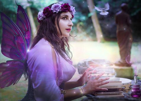 Flora la Femme Papillon