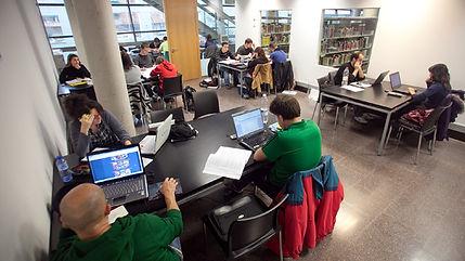 aules d'estudi nocturn, estudi nocturn, estudiar, calendari 2017, calendari, biblioteques, biblioteca, aules, exàmen, sala
