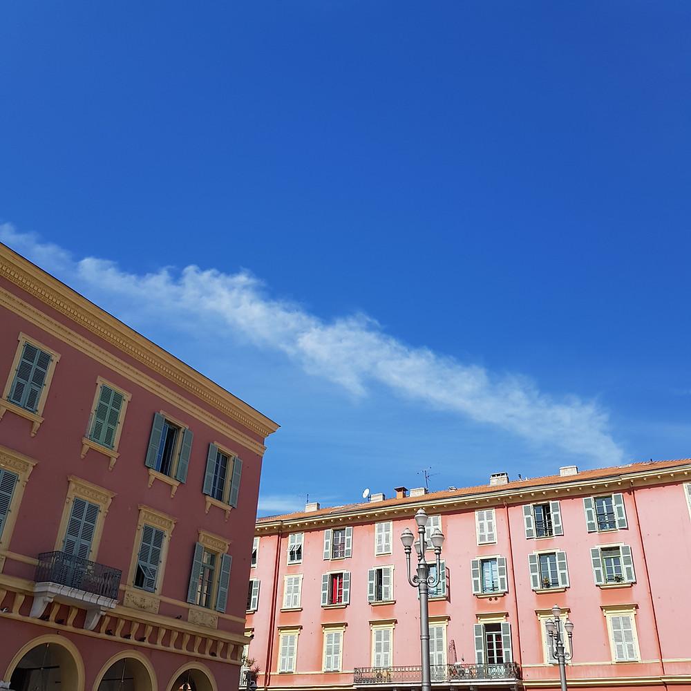 Rouge niçois à Nice