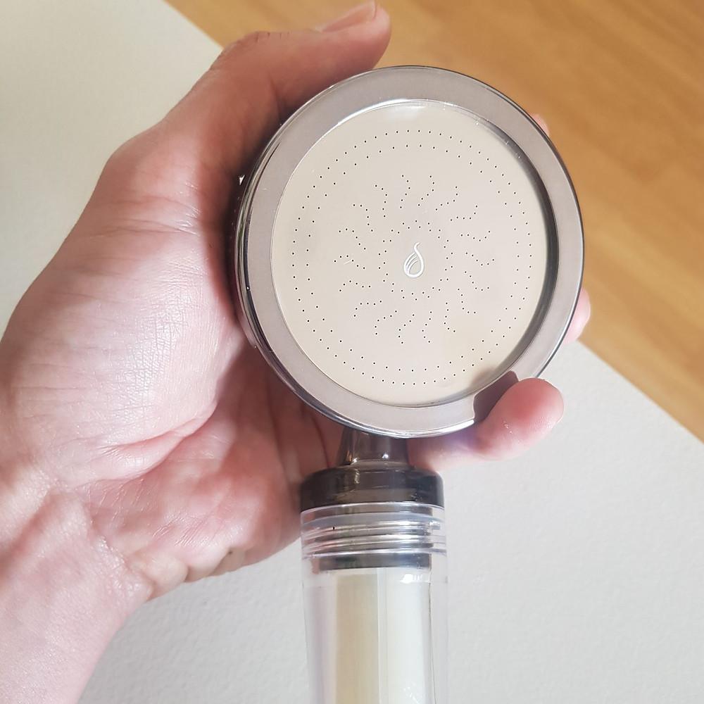 pommeau de douche filtrant de Biotège