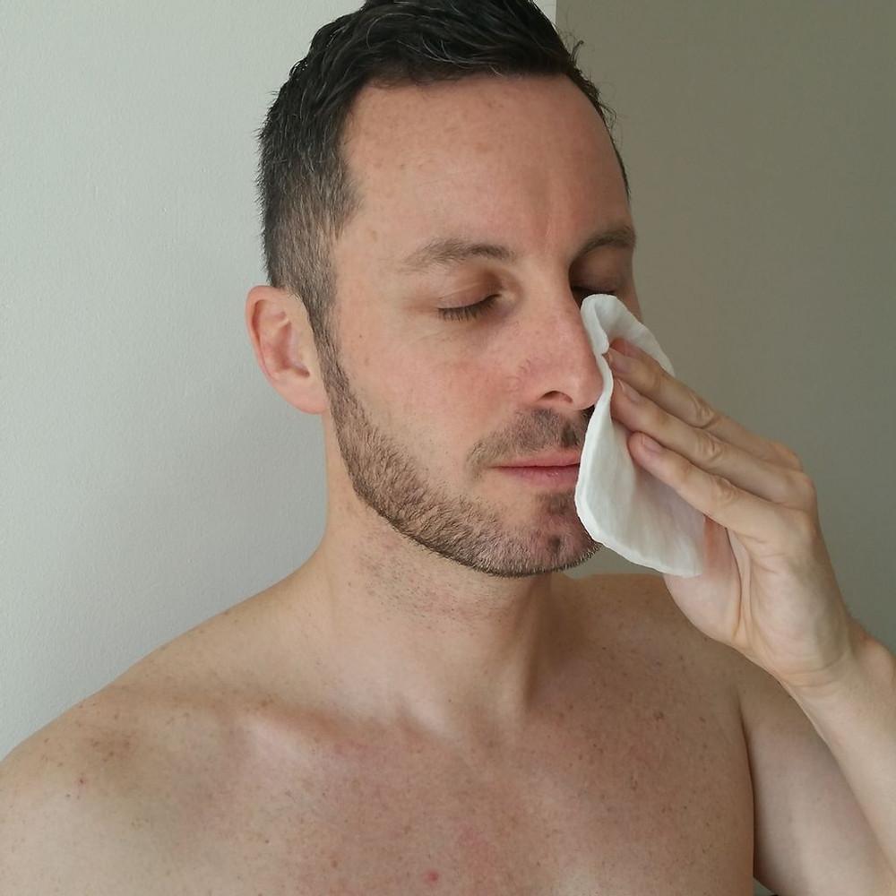 bien nettoyer sa peau du visage