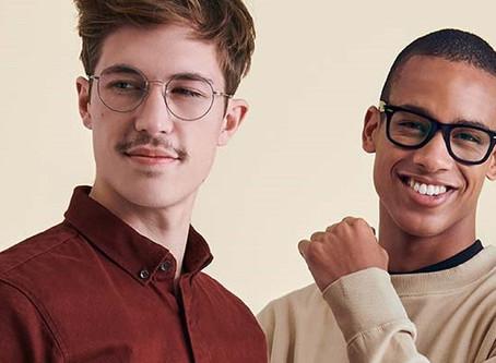 Les lunettes sont-elles devenues un accessoire de mode nécessaire ?