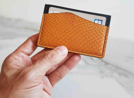 Porte-carte Le Feuillet x Ictyos, le luxe durable et éthique