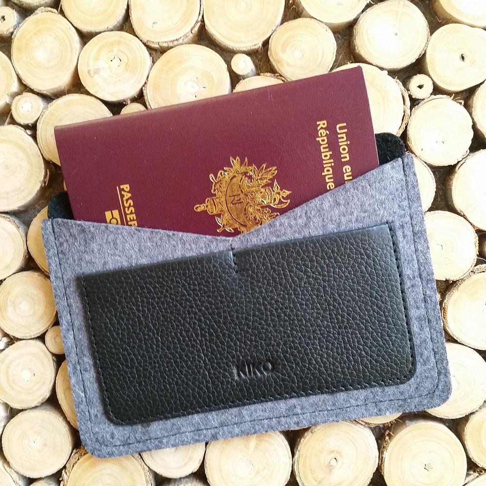 Porte-passeport Kiko par LaBoxHomme