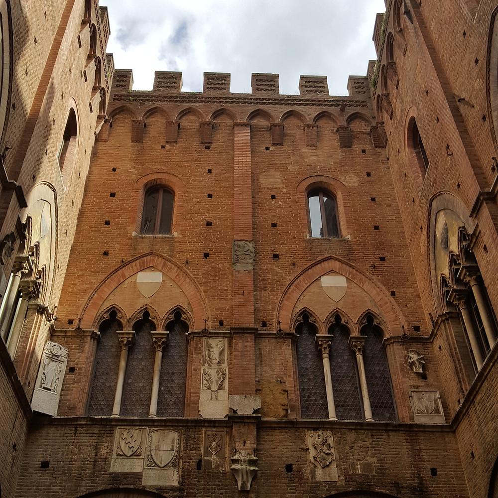 Porta Romana à Sienne