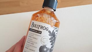 J'ai testé le fluide nettoyant pour barbe et cheveux Bullfrog, mon avis