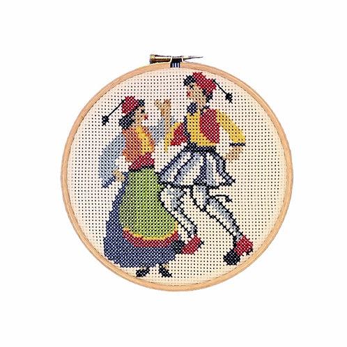 """""""Tsolias"""" and """"Amalia"""" Embroidery"""